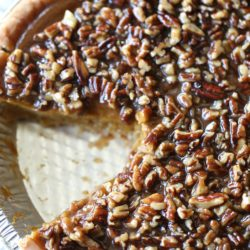 Paleo Pumpkin Pie with Praline Topping