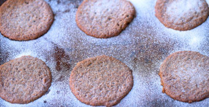 Crispy Chewy Paleo Gingerbread Cookies