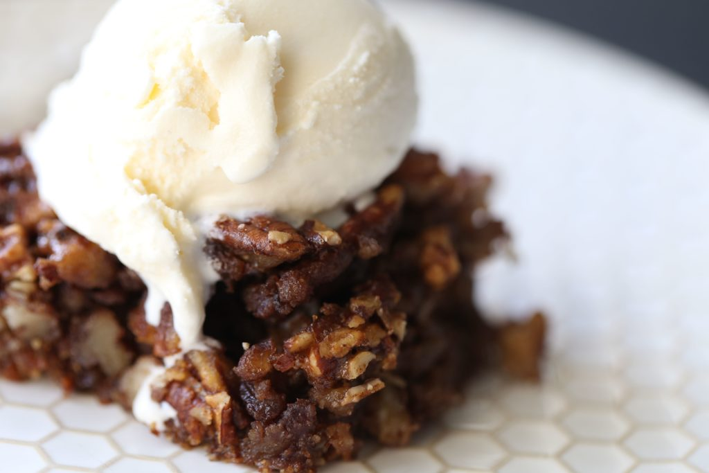 Paleo Pecan Pie Bar Crisp